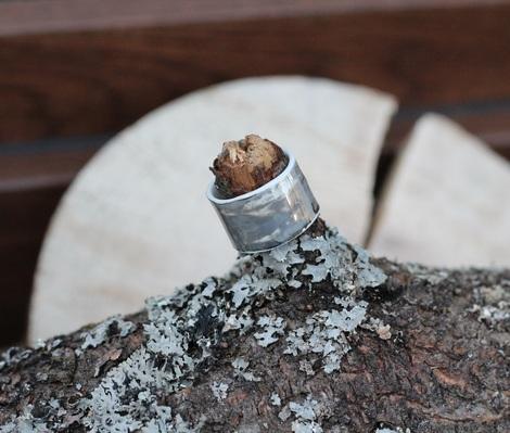 prsten metalíza